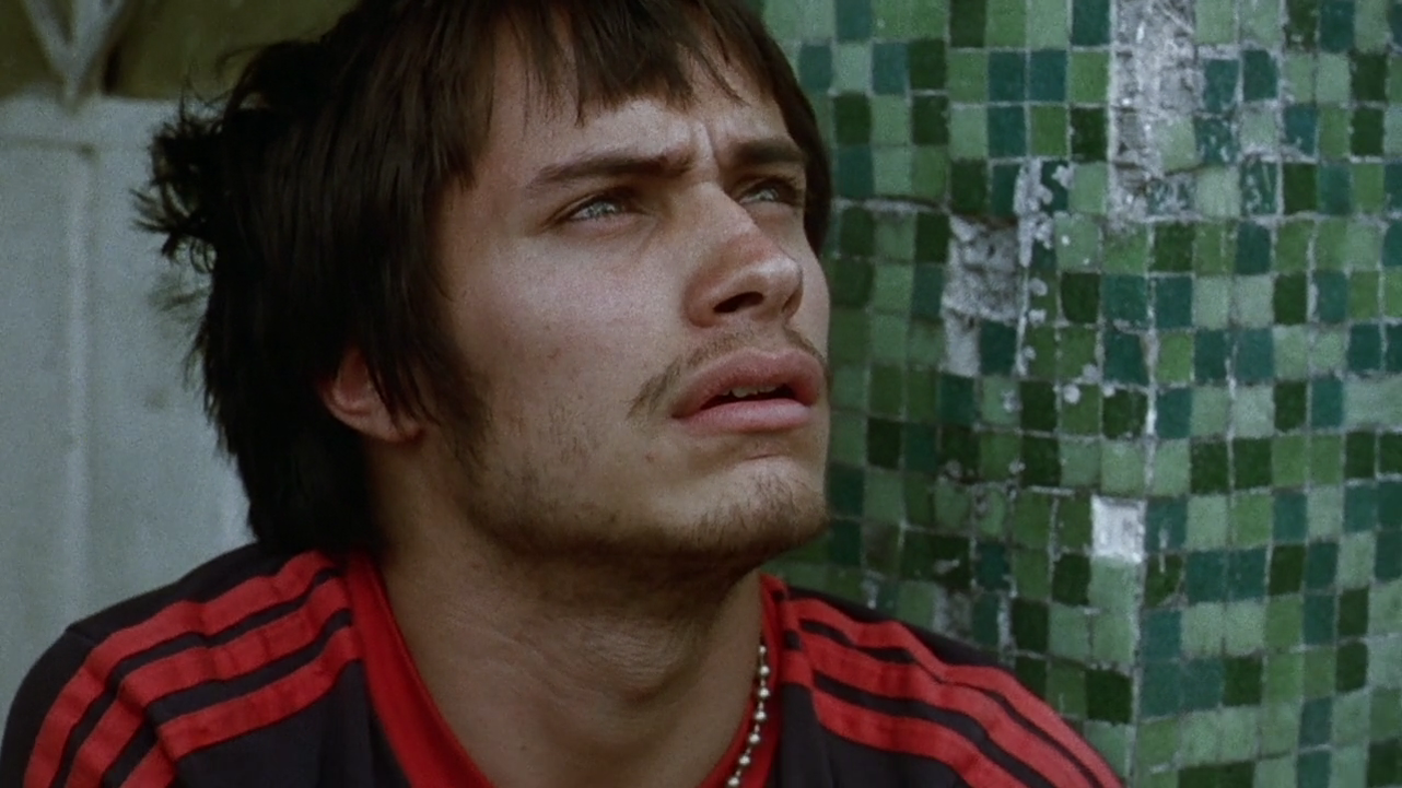 Amores Perros 2000 review: amores perros (2000) – a film history magazine
